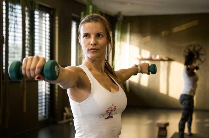 Power joga ako prostriedok na formovanie tela a spaľovanie tukov