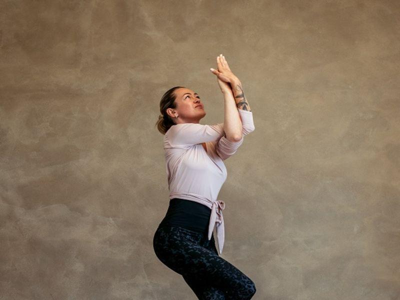 Hot joga – všetko, čo by ste o nej mali vedieť?
