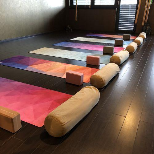 Pomôcky na jogu