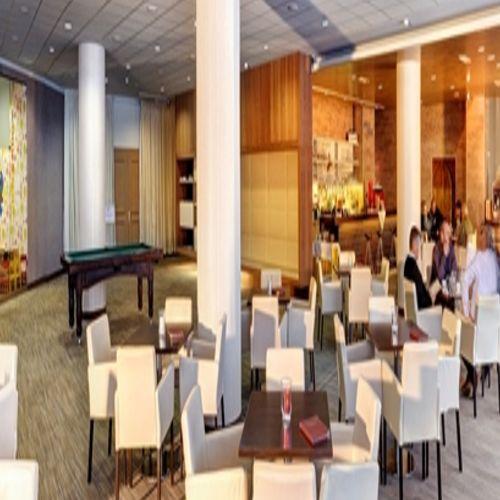 lobby-bar_grand.jpg