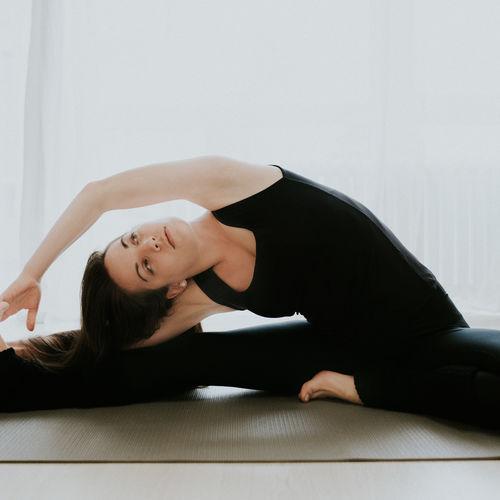 yin joga_eva mamrillova